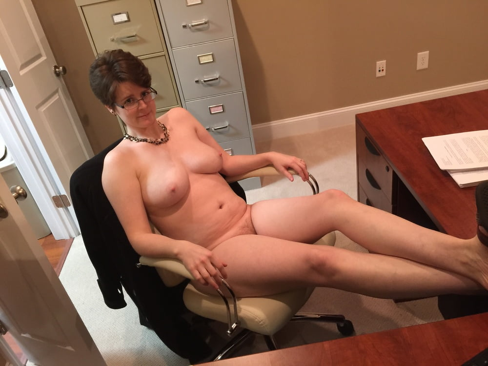 Nude amateur teacher cell phone photos