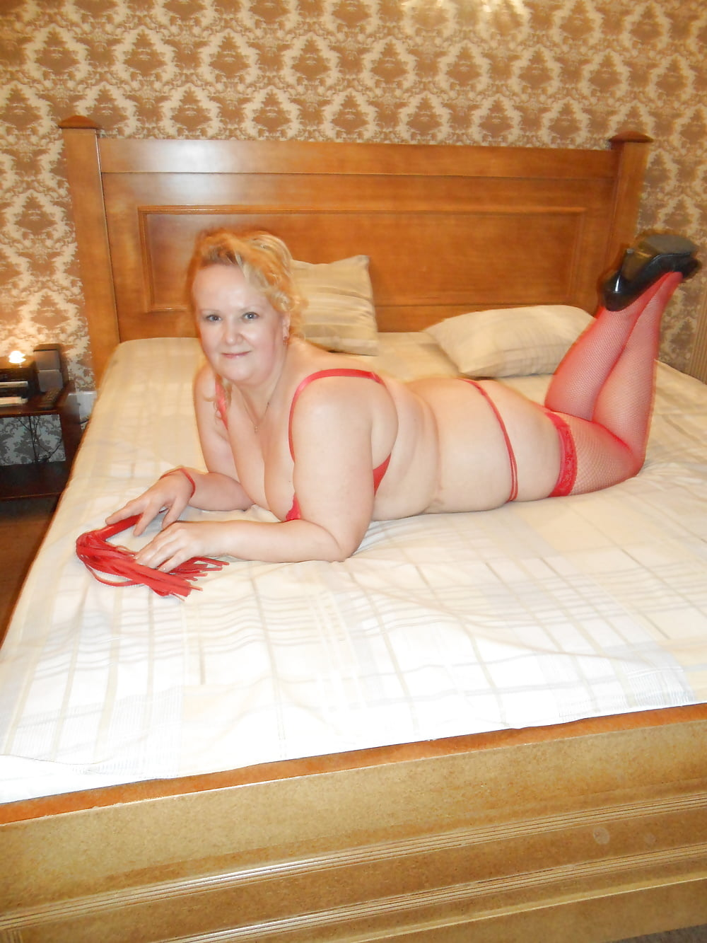 Проститутки крюкова конторы проституток ттюмень