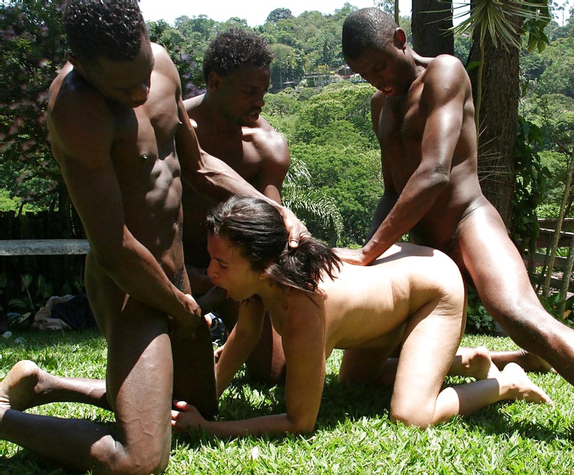Порно жесткое джунглях выебал девушку госпожа раб