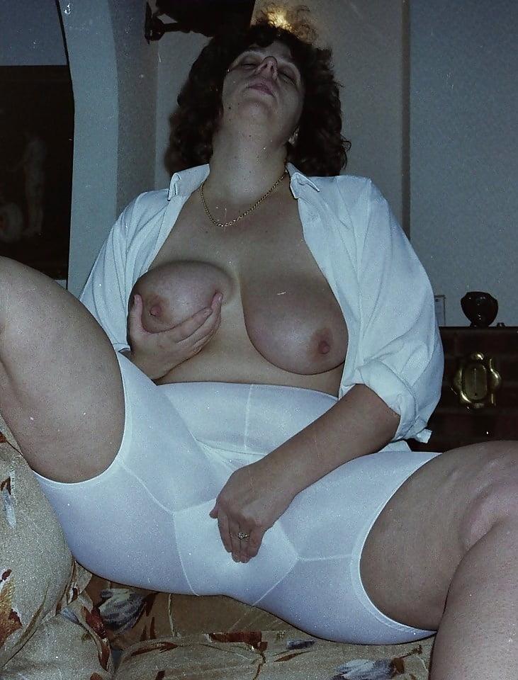 milf-big-vintage-girdle-gallerie-pussy-fucking-porn-spain