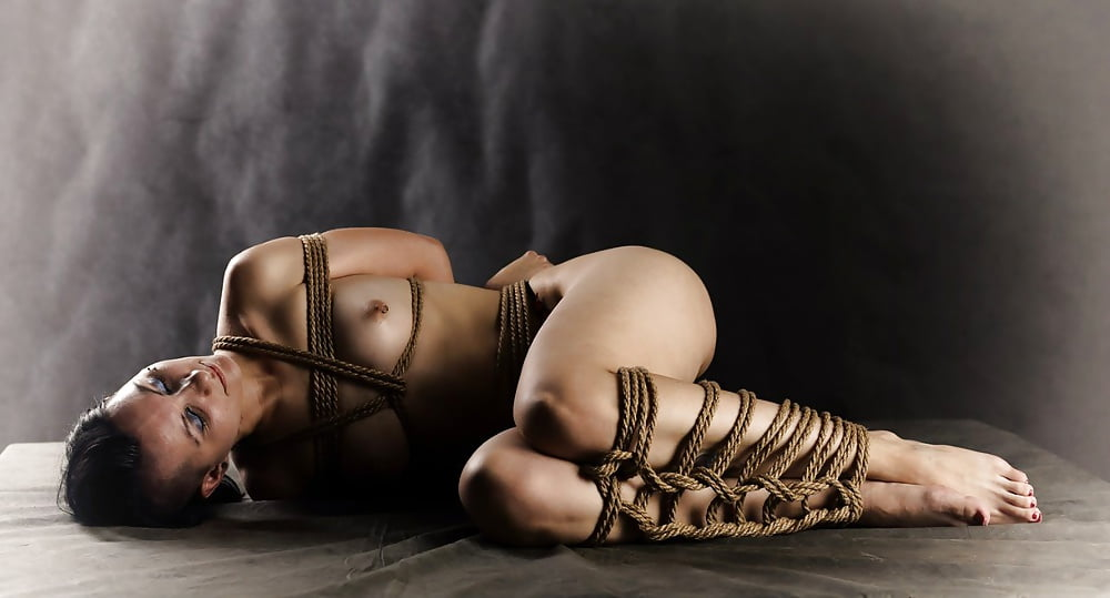 Free bondage erotic photos — photo 11
