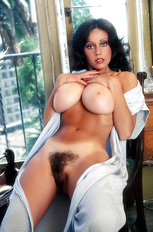 самая большая грудь итальянской порно фото актрис томительного желания, она