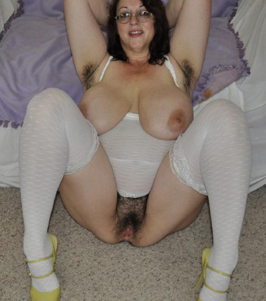 Pics of lesbians naked
