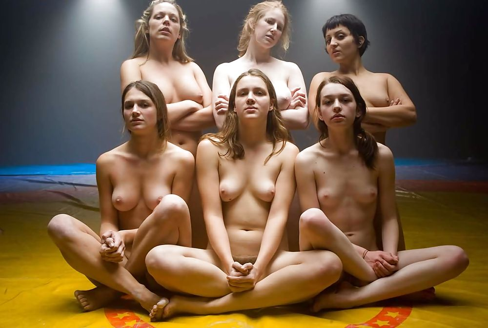 Naked girls triforce