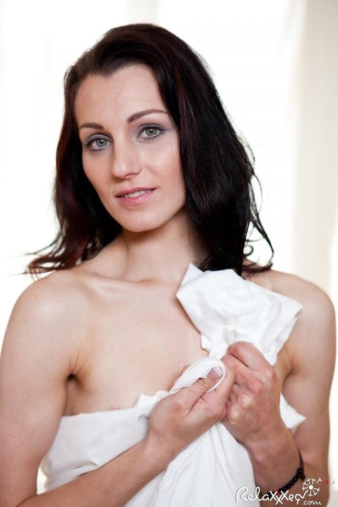 Erotic massage institute