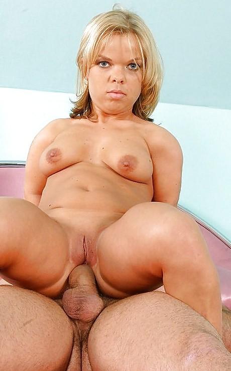Naked Midget Pussy