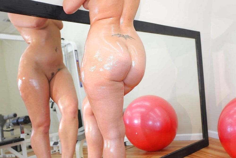 Ava Arose Big Light Stretch Marks Ass By Bbwholik Babesandgirls 1