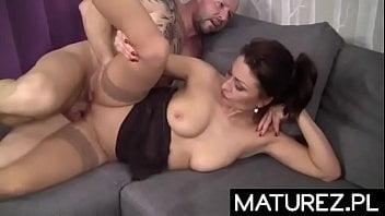 Hot women - 70 Pics