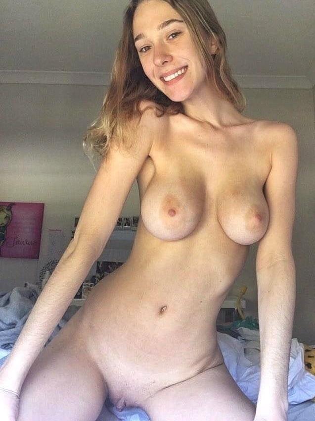 Sexy brunettes, 69. - 50 Pics