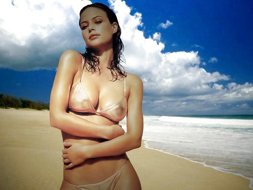 Josie Maran Sexy Beautiful Girl Inthecrack 1