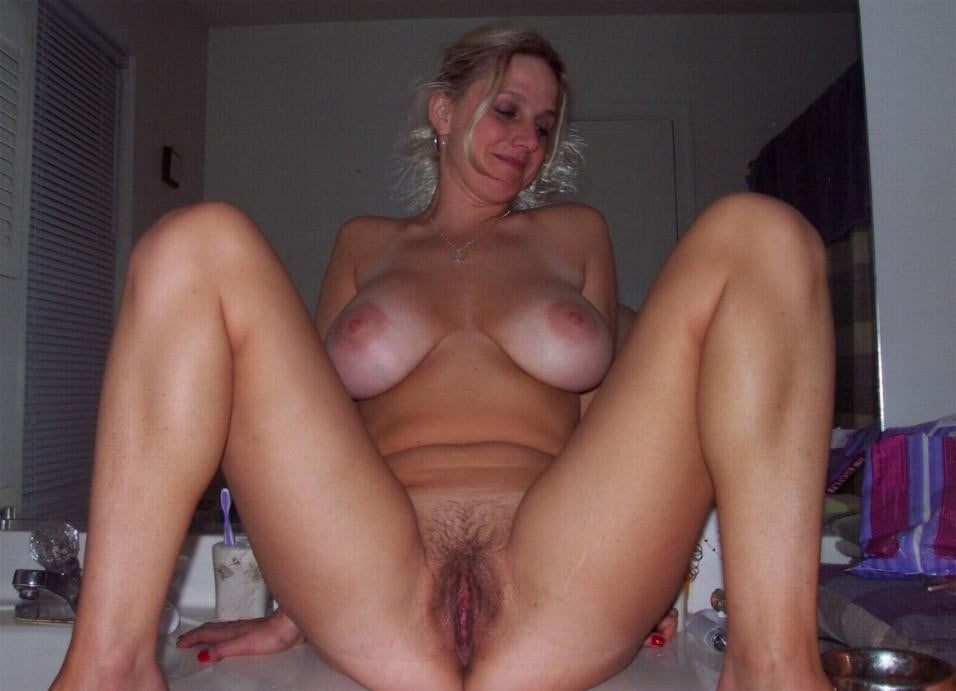 my-big-naked-wife-cumed-in-my-pussy