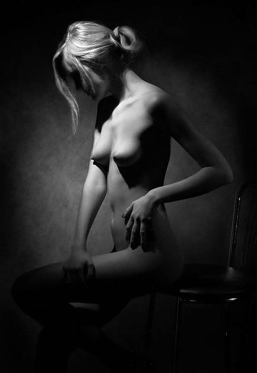 Brazzersnetwork Emma Butt Istripper Blowjob Litle Amour Yes Porn Pics Xxx