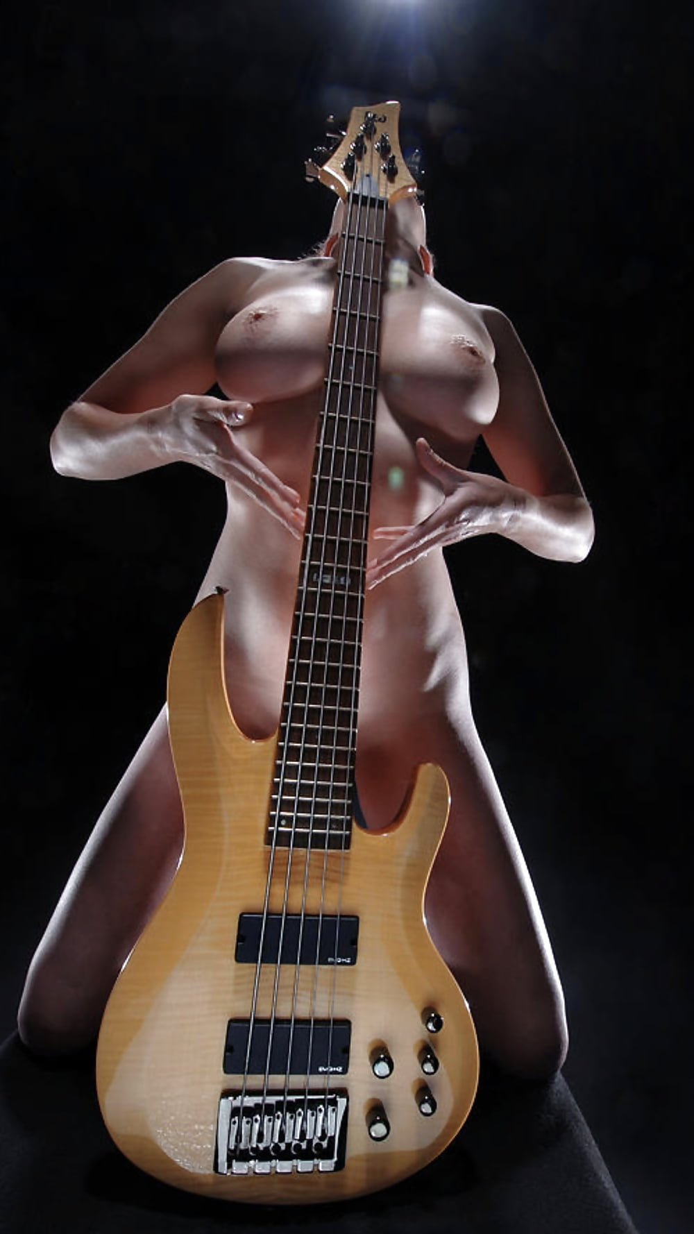 black-women-playing-guitar-naked-larger-bottoms-mature
