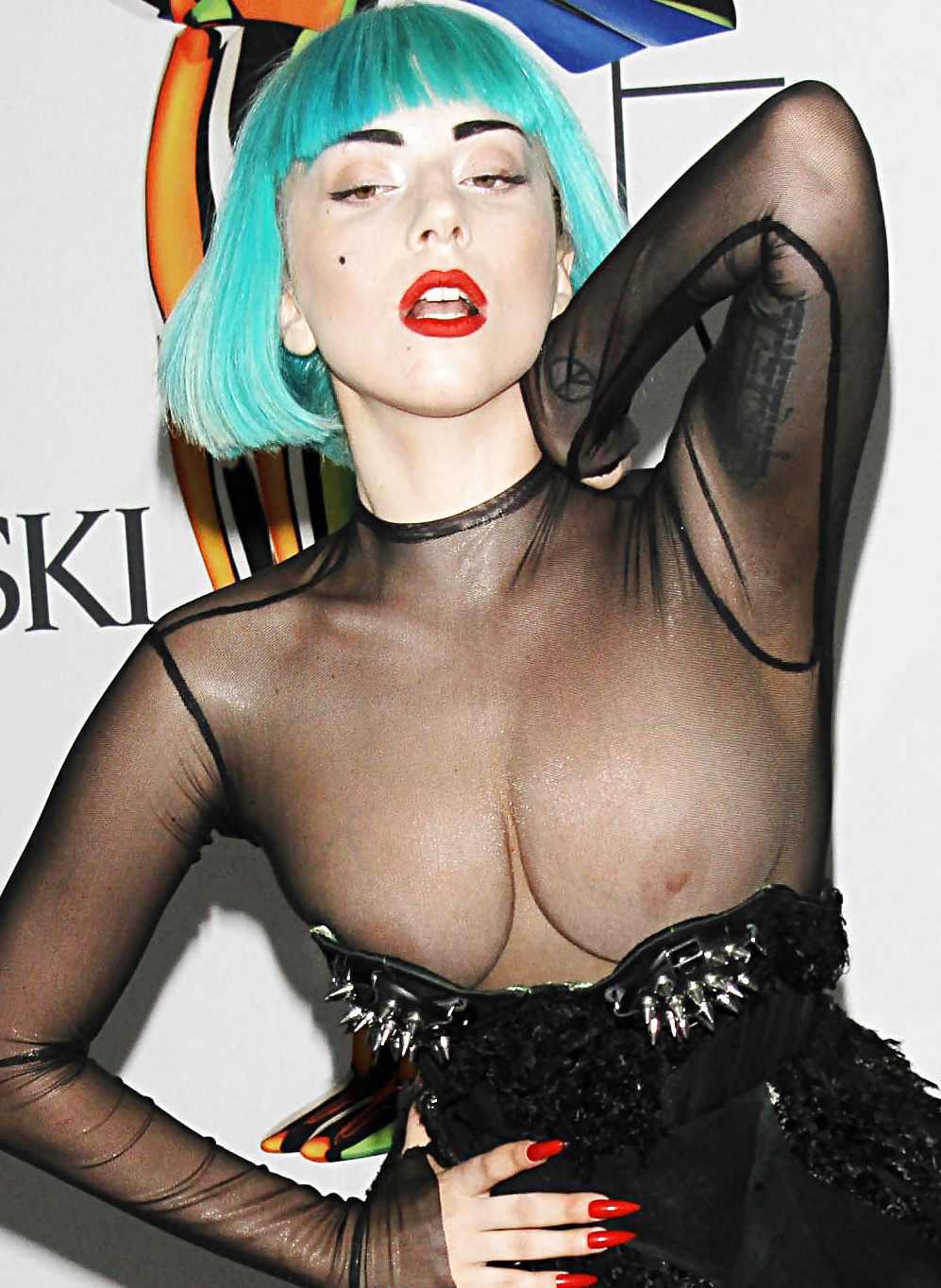 Porno tantra lady gaga free nude pics hillary scott