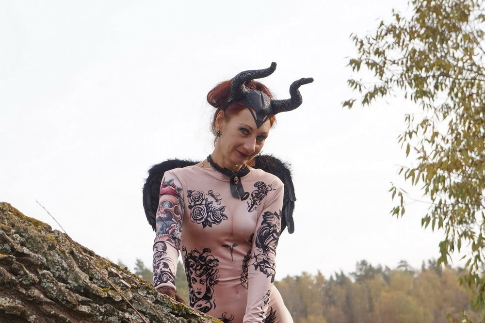 Maleficent 2 - 36 Pics