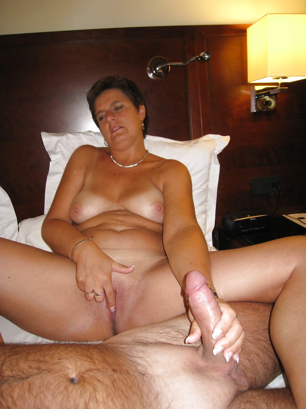 free-homemade-mature-thumb-pics