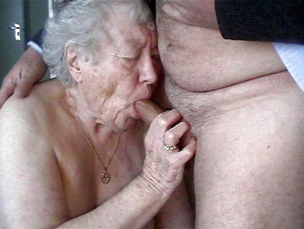 Grandma grandpa put on show for stranger