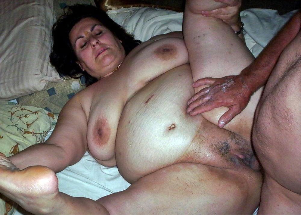 Hairy chubby asian slut