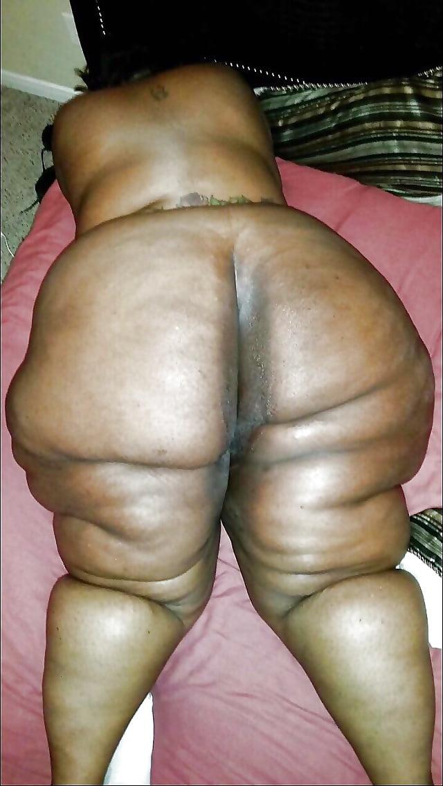 girls-photo-tan-fat-ass-girl-sexy-mom