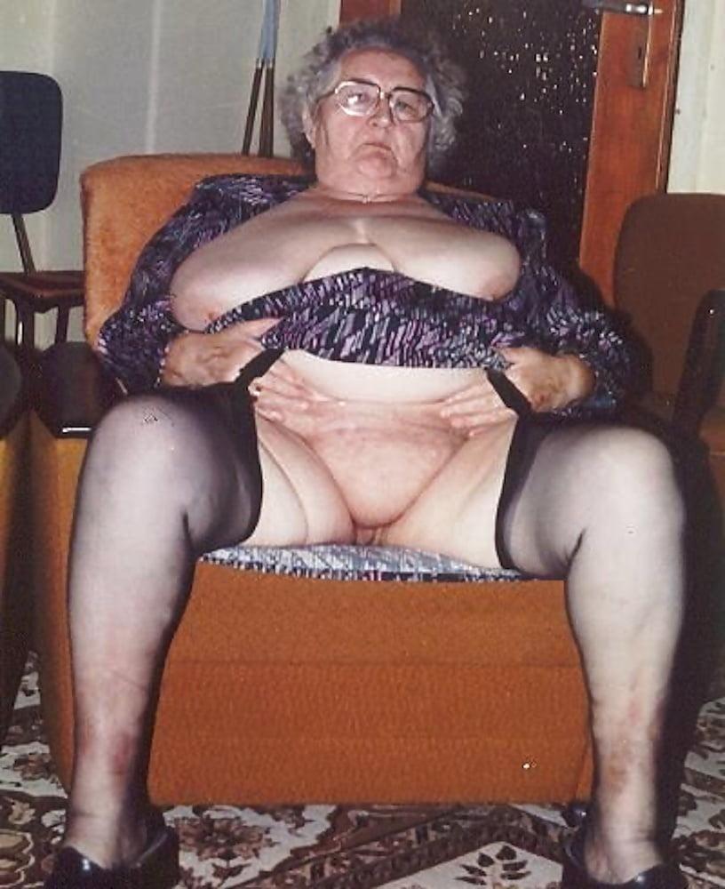 Old Titjob Porn Pics