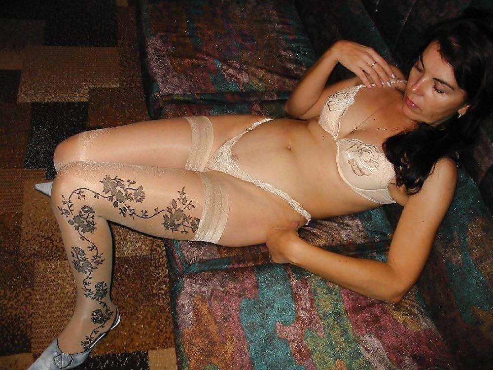 Домашнее интим фото женщин в белье, очень большие голые сиськи голых брюнеток с большими сосками