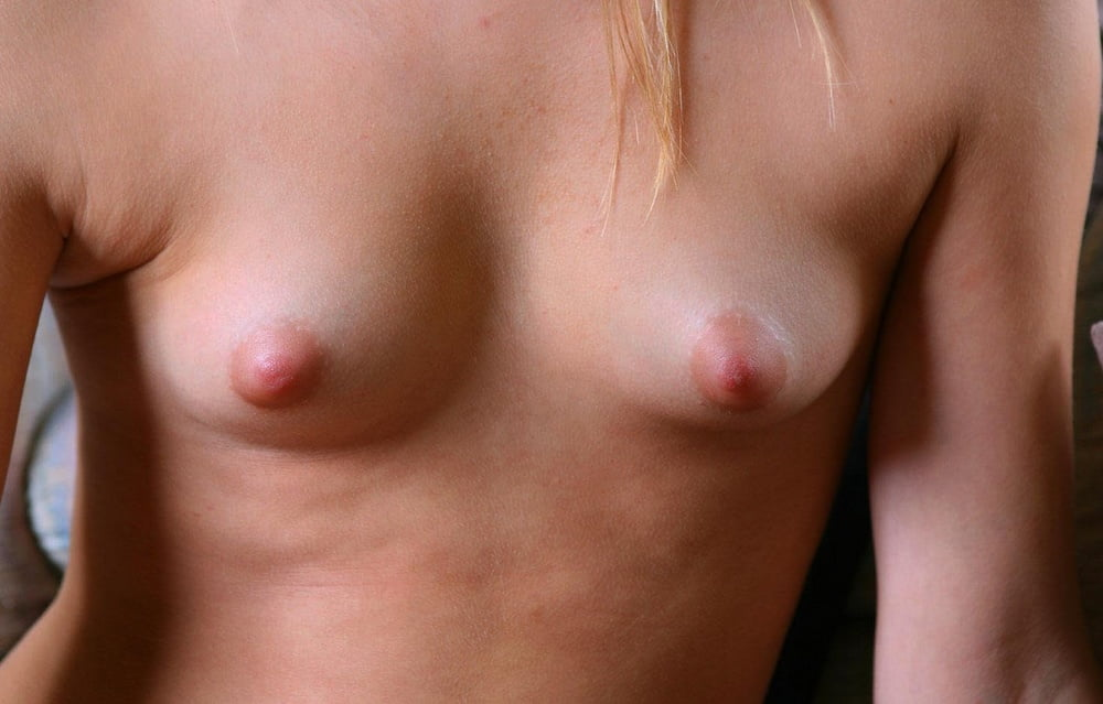 Young naked nipples close up — photo 6