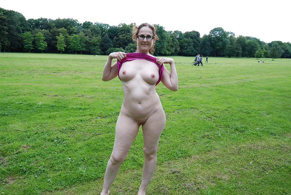Mature outdoor sensation