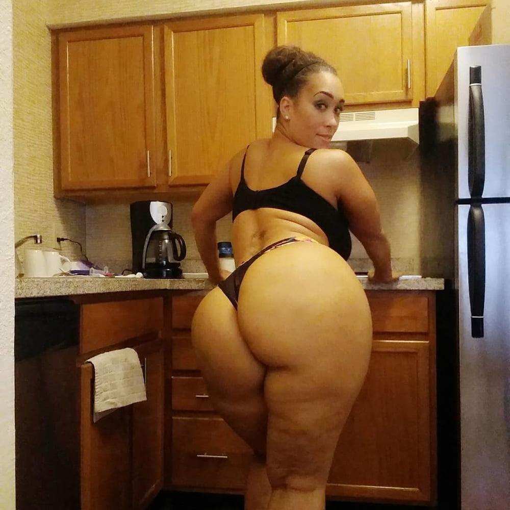 Thick Atlanta Ebony - 43 Pics