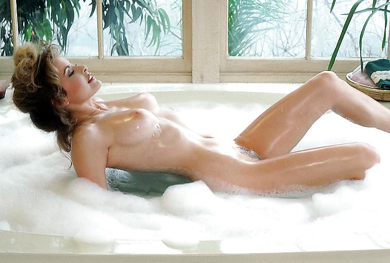 Celebs Nude