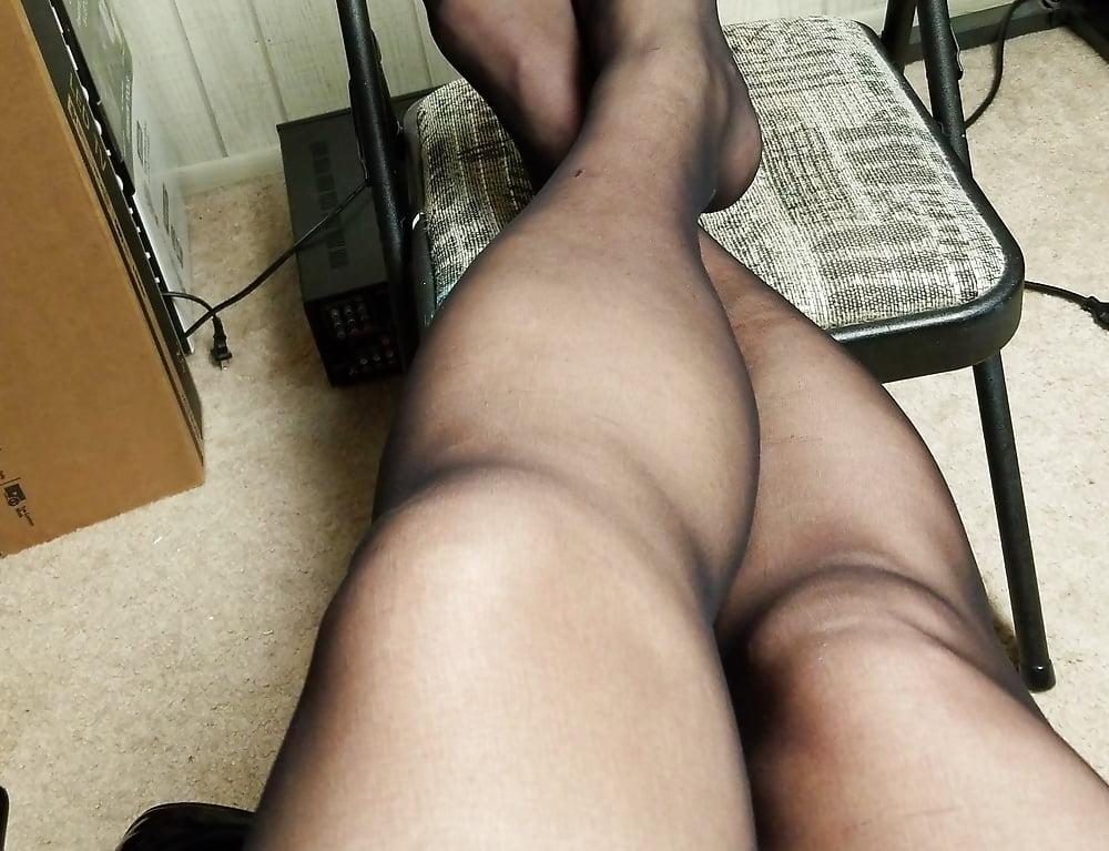Leggs body beautiful pantyhose