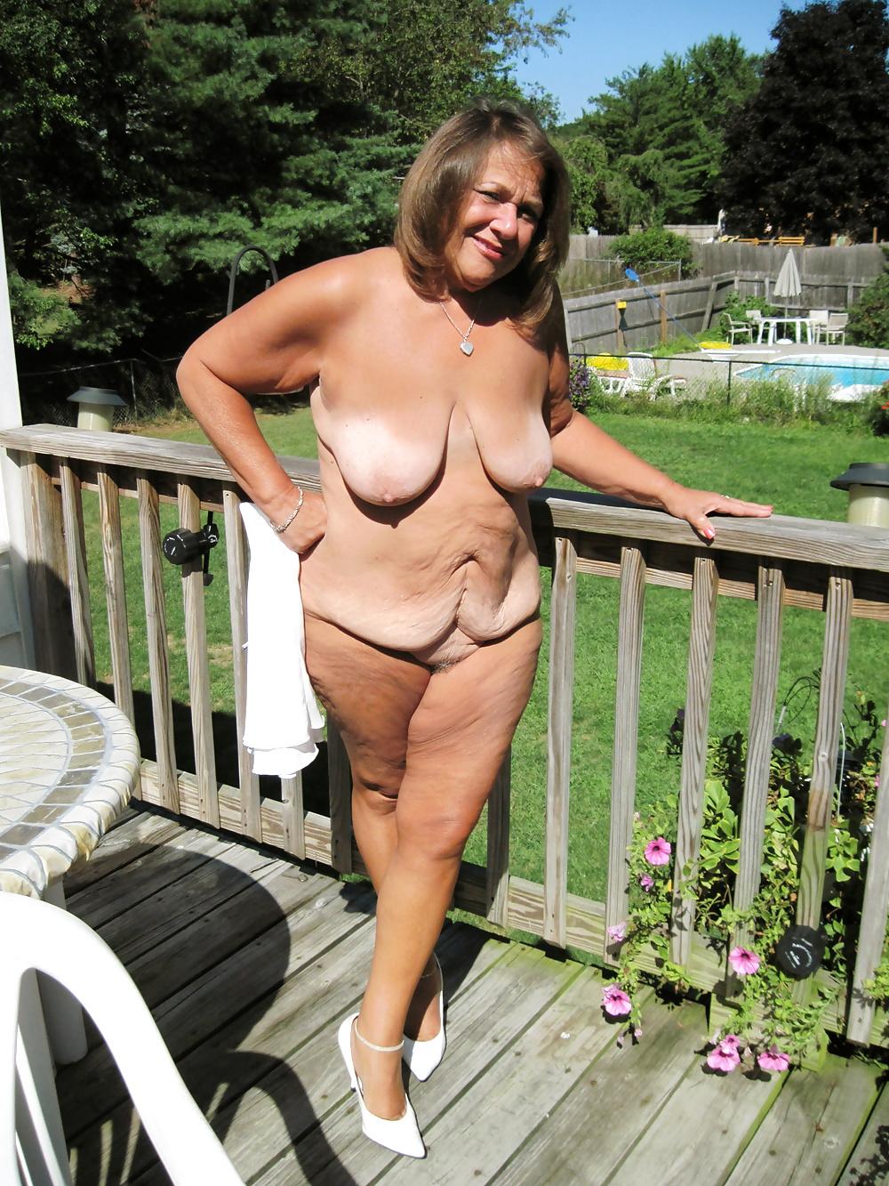 Granny bikini slut pictures amatuer, nude asian wife masturbation