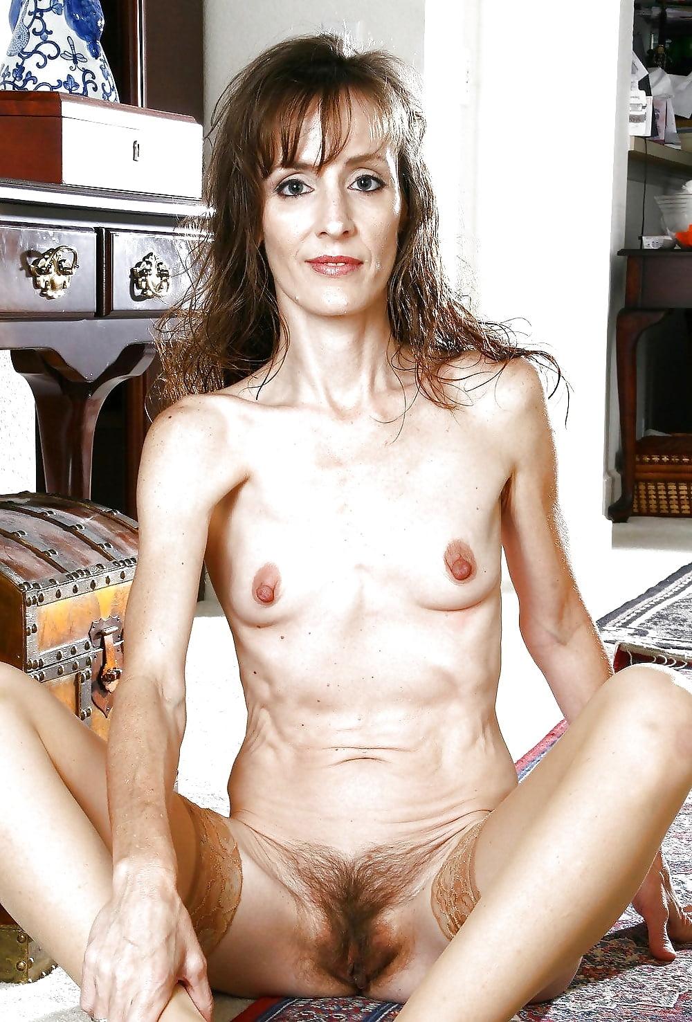 Sey skinny mature