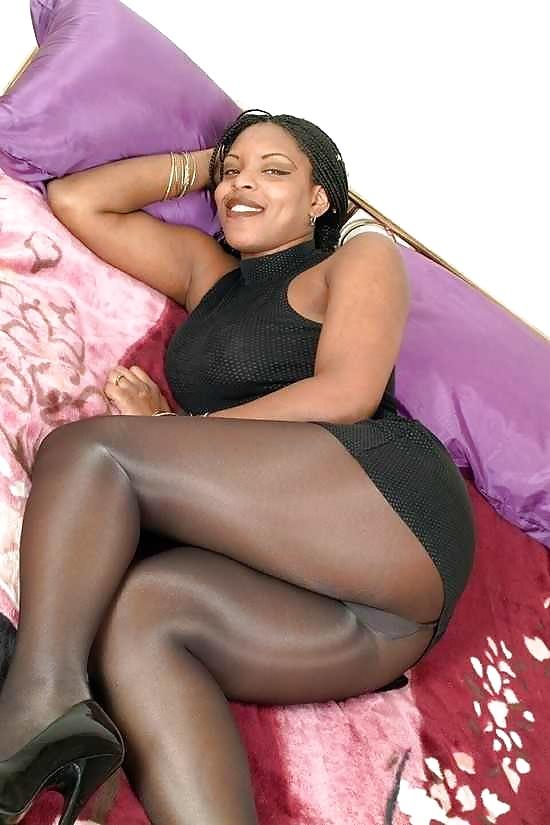 Pin On Ebony Pantyhose