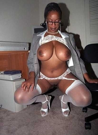 Sexy lady officer-9636