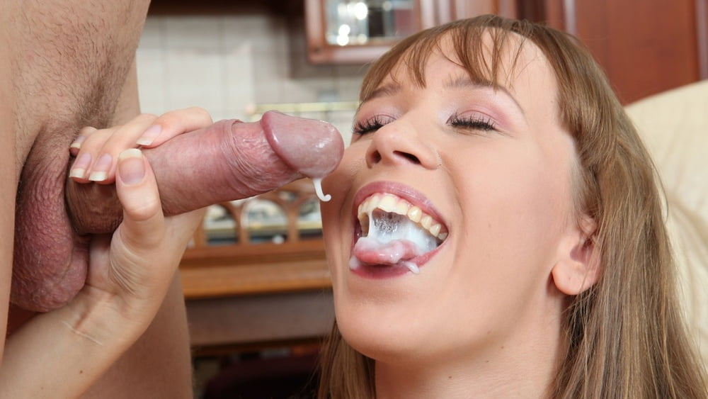 women-blowing-cum-how-to-start-oral-sex
