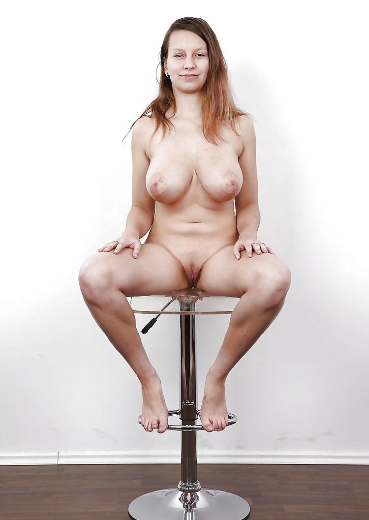 Натуральные сиськи порно кастинг что женщина
