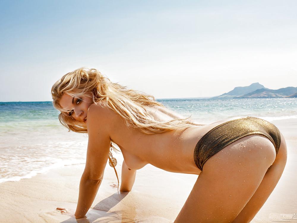 Nackt nina bilder bott playboy Nina Bott