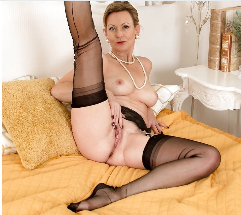 Showing Porn Images For Two Milf Stockings Mature Porn