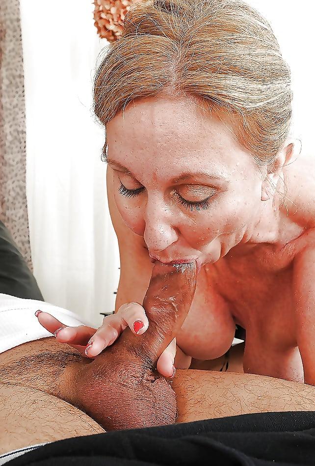 Old lady blowjob pics, naked mature women sex