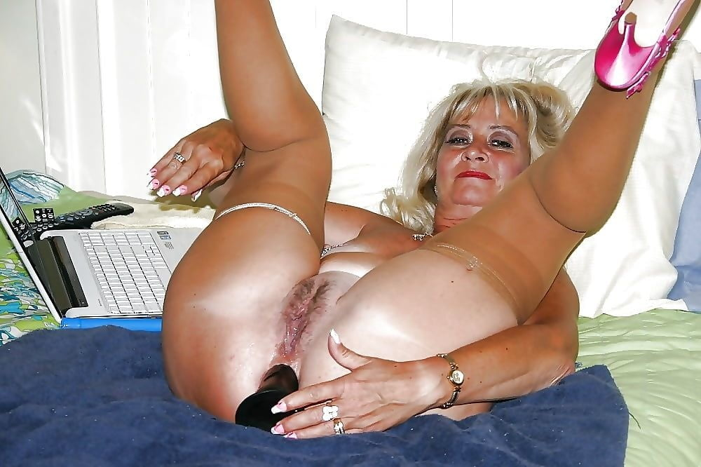 Old woman solo anal #2