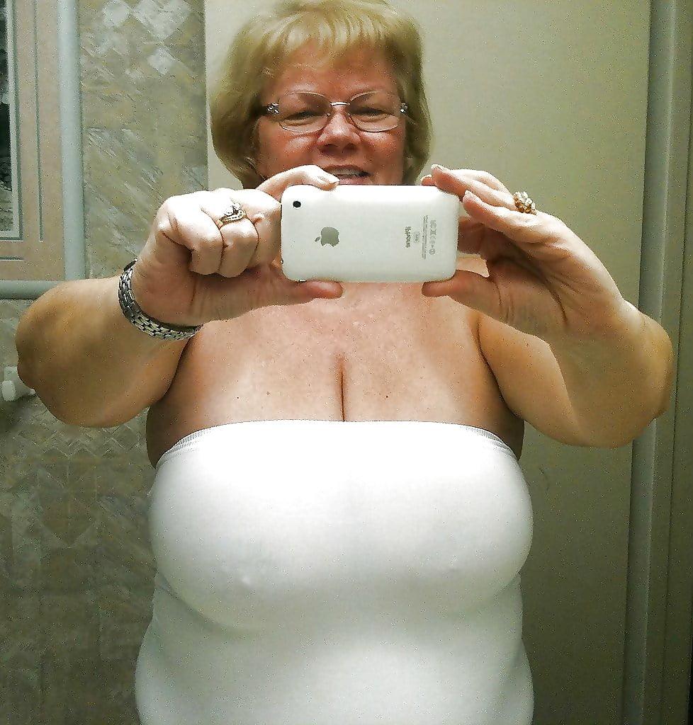 Sexy Granny Non-Nude - 3 - 30 Pics  Xhamster-6035