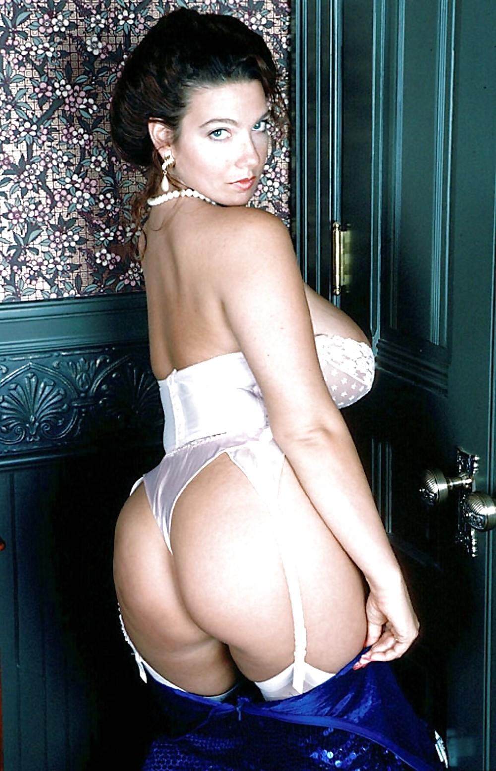 Pale White Girl Big Tits