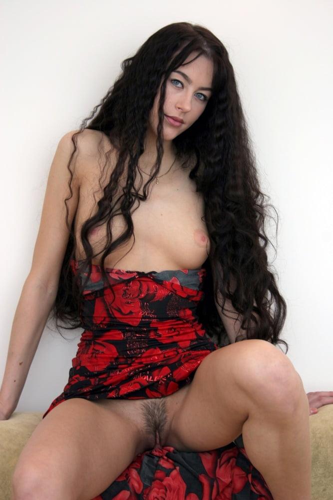 porno-foto-tsiganah-devushki-videorolik-seks