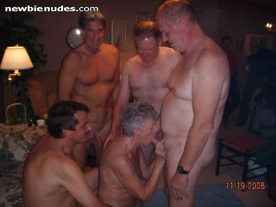 Abuleas nudistas y calientes senora de las cuatro decadas - 4 9