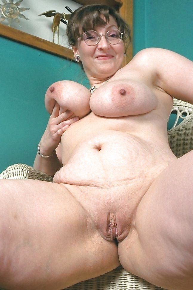 Bbw Mature Red Head Big Tits