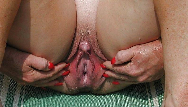 Old Lady Very Big Clit And Nipples