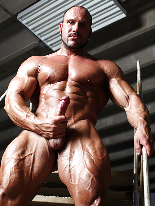 View hq realmuscle bodybuilder sexy sleeping free