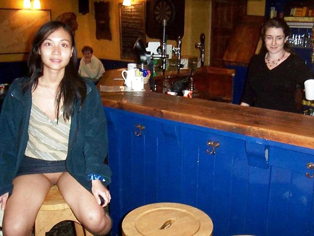 chinese-prostitute-upskirt
