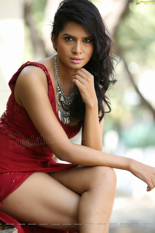 Telugu actress hot sexy pics-7797
