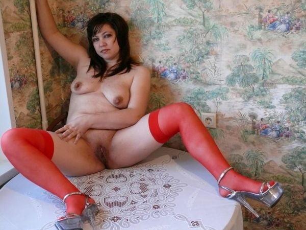 Skanks on Heels - 194 Pics